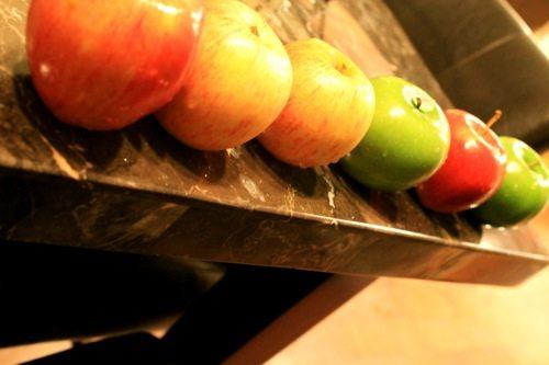 Apple-Cinnamon-Red-Green-1