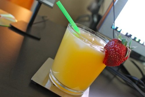 morning mocktail by the skinny confidential
