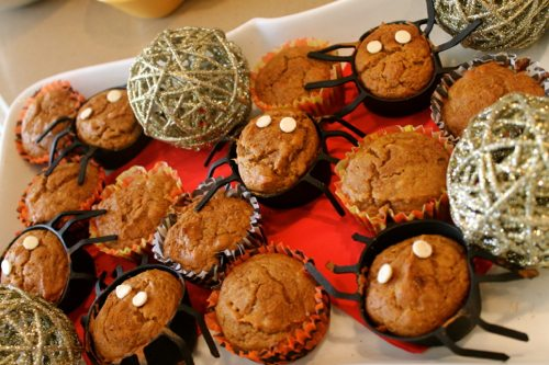 halloween pumpkin muffins | by the skinny confidential