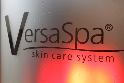 Versa-Spa-spray-tanning-booth-in-Encinitas-California