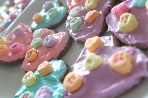 Conversation-Heart-cookies-for-Valentines-Day-with-blue-pink-and-purple-neon-food-coloring