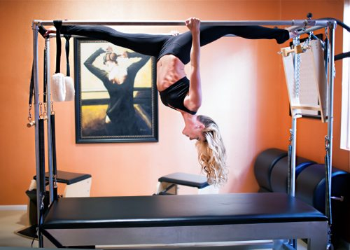 Cindy Jansen from Carmel Valley, Pilates teacher talks with fitness blogger, Lauryn Evarts.