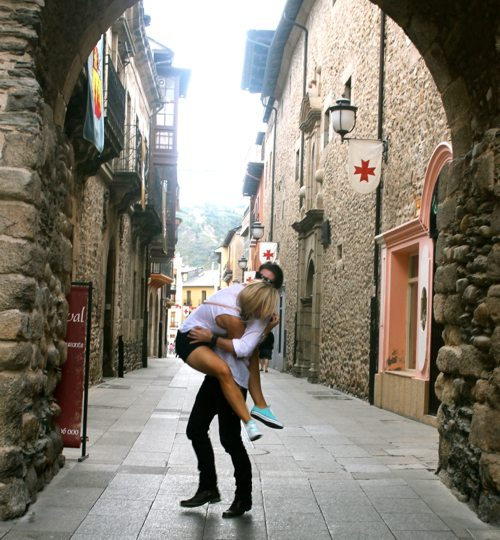 Lauryn Evarts, health blogger and motivation fitness blogger and Michael Bosstick in Spain.