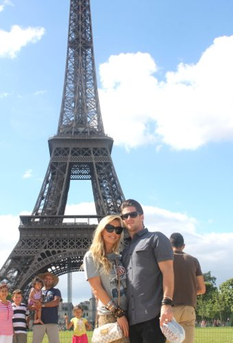 Lauryn Evarts, travels to Paris and reviews food, restaurants, shopping, & the sites.