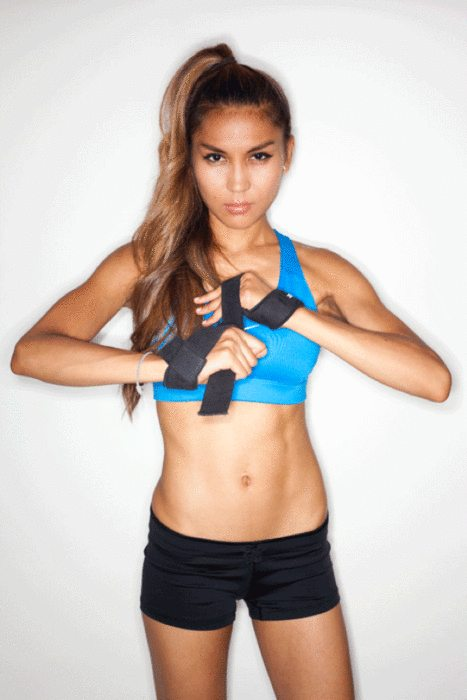 Lauryn Evarts, fitness blogger interview fitness model, MC Barao.