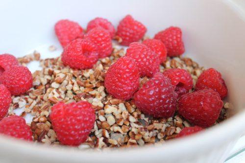 Healthy Thanksgiving dessert recipes by blogger, Lauryn Evarts.