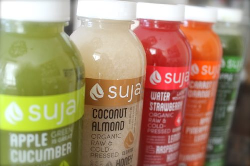 Lauryn Evarts, fitness blogger, health blogger, and diet blogger talks skinny tips and tricks for weight loss with Suja Juices.