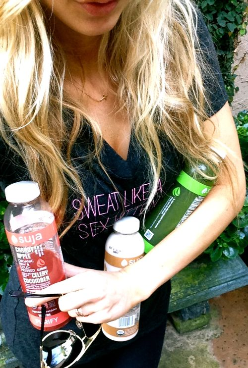Lauryn Evarts, fitness blogger, health blogger, and skinny blogger talks everything about three day juice cleanses.