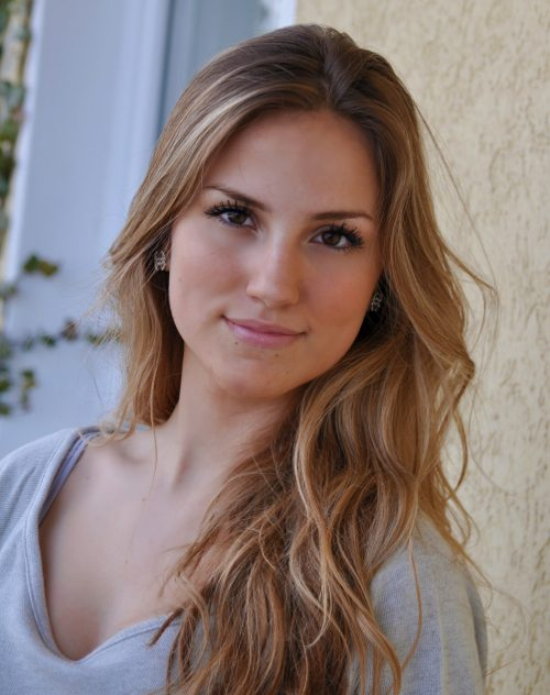 Lauryn Evarts talks with Denmark blogger Sandra Willer about diet, fitness, and health tips.