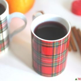 Mulled Red Wine: Keeping it Cozy During the Holiday Season