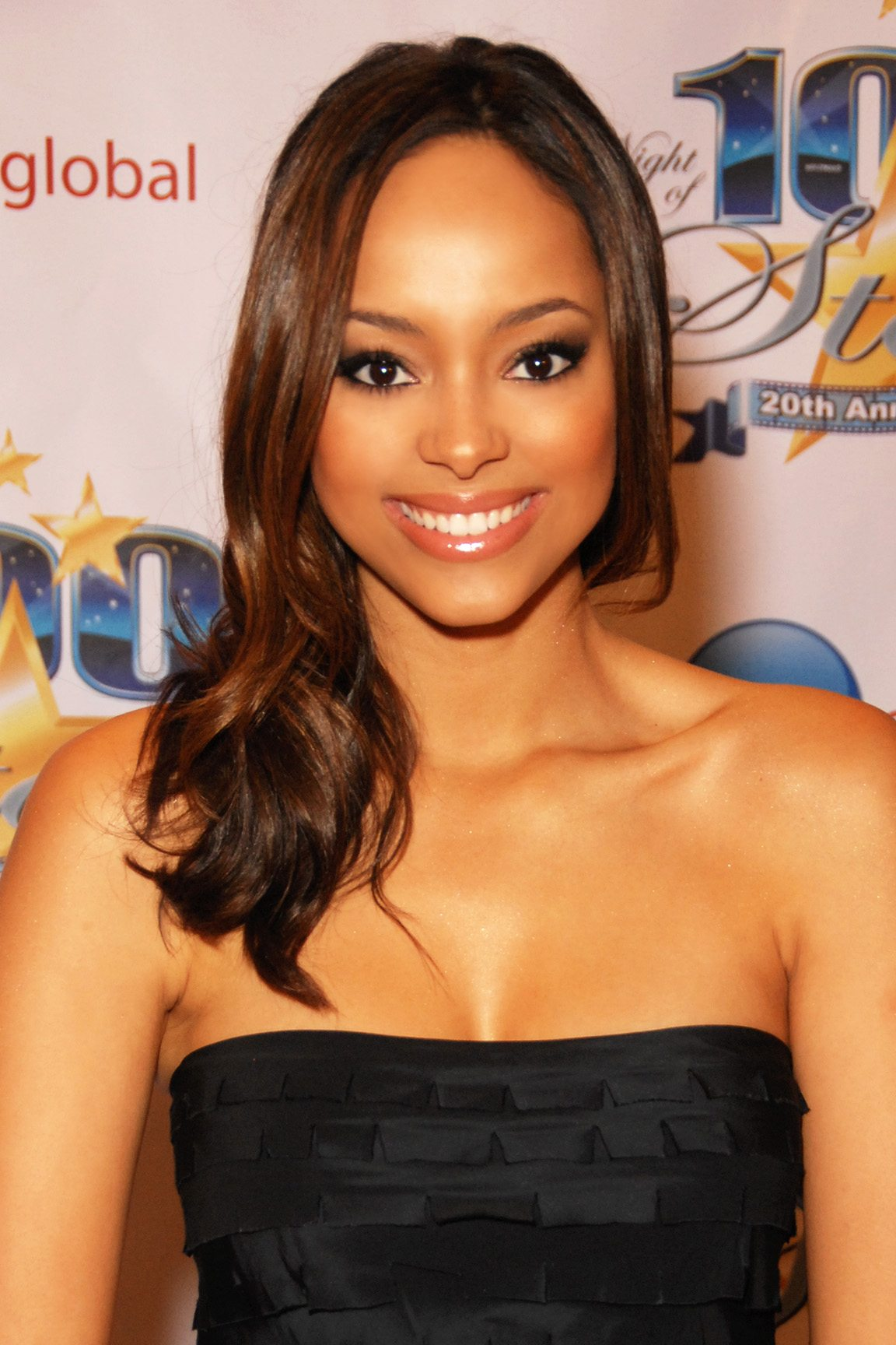 The Skinny Confidential talks to Amber Stevens.