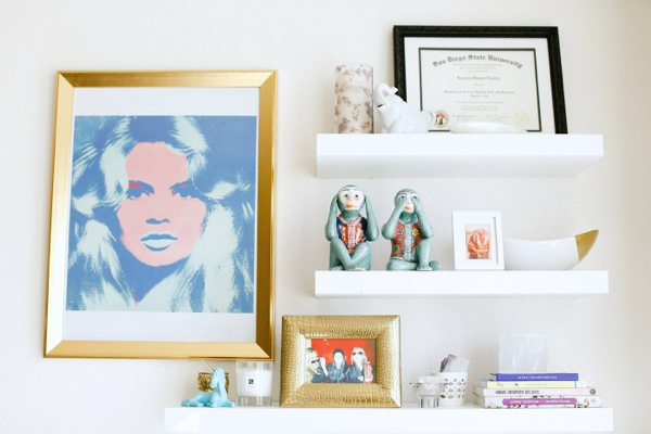 The Skinny Confidential with Apartment Therapy Home Tour.