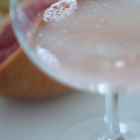 A Pink Sparkly New Year's Eve Cocktail (!!!)