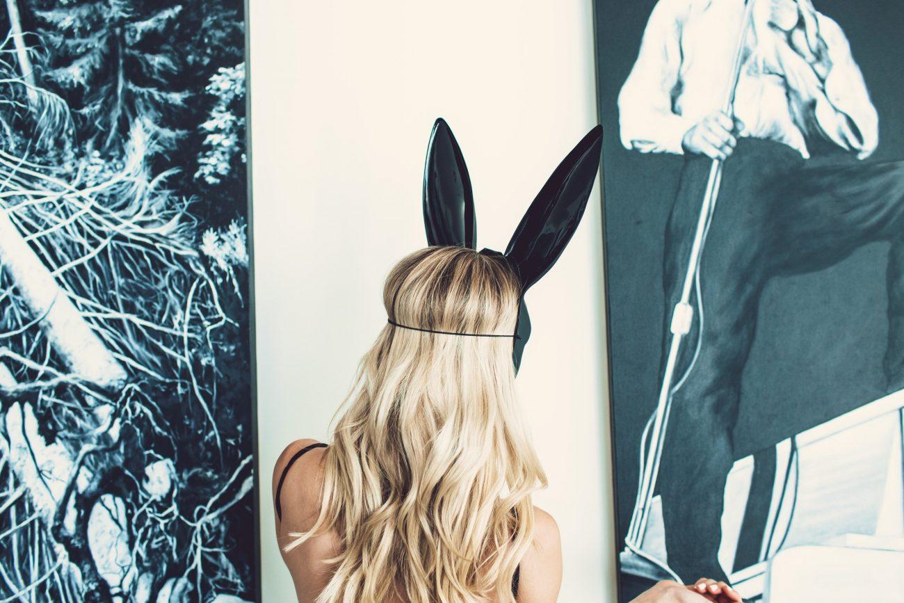 boo! Happy Halloween: bunny ear mask