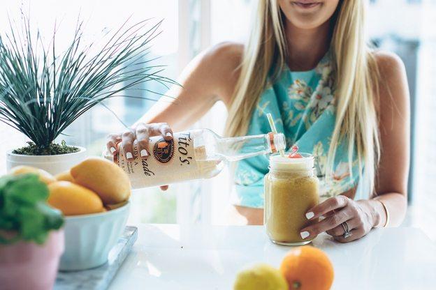 frozen blender lemonade   by the skinny confidential