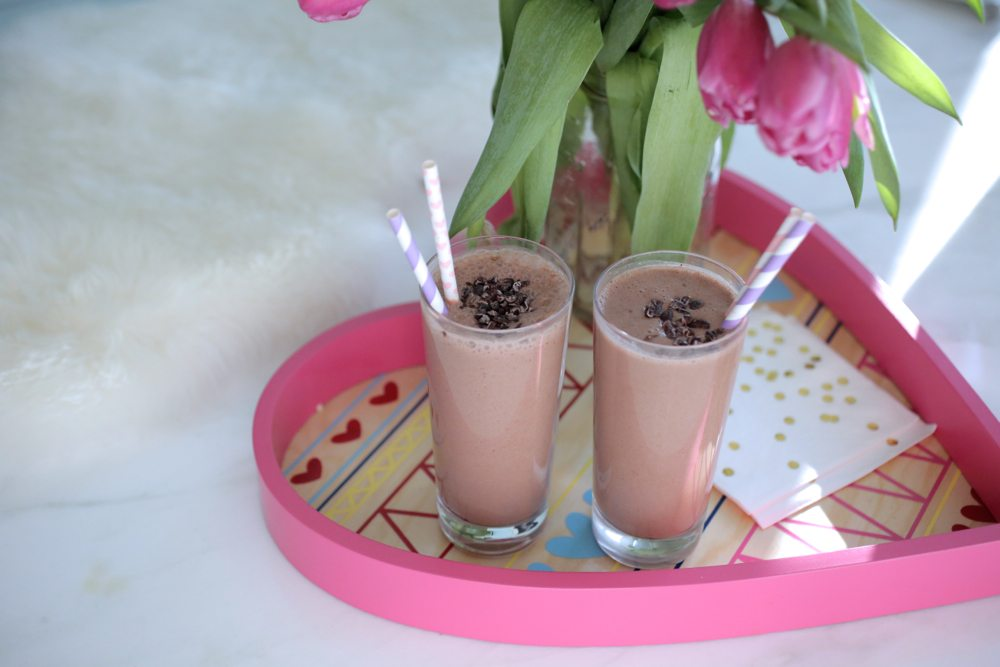 valentine's day chocolate shake 7 | by the skinny confidential