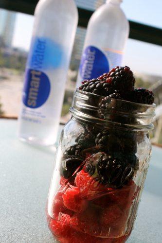 DIY-Antioxidant-infused-water-