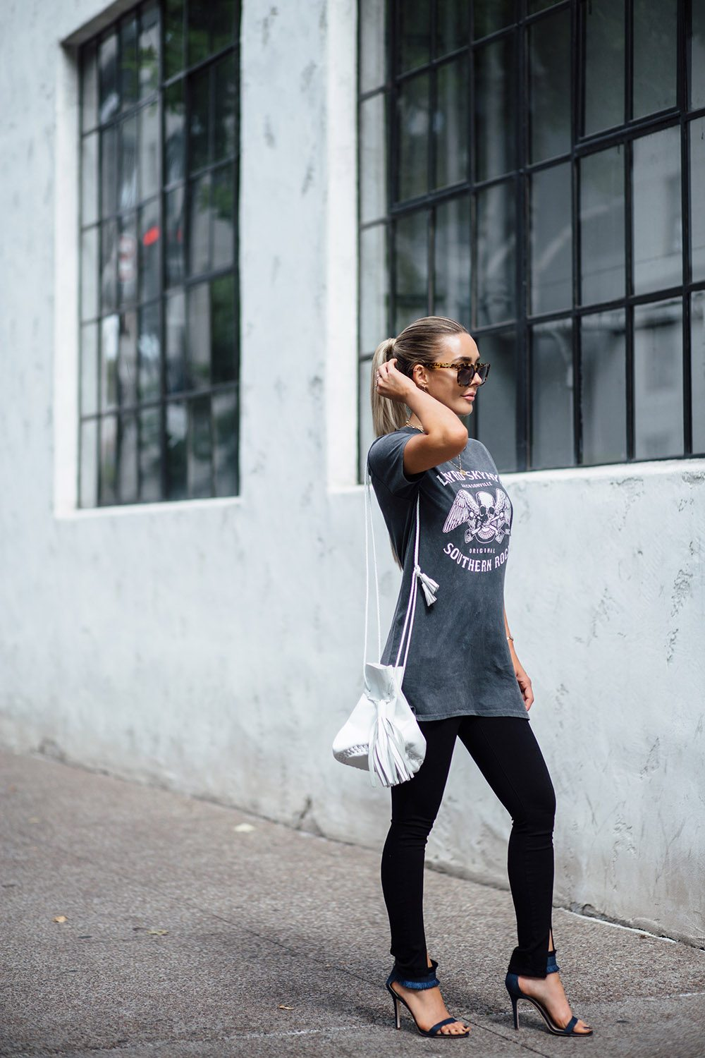 HOW TO BE A CONFIDENT BADASS IN AN INSTANT 2 | by the skinny confidential