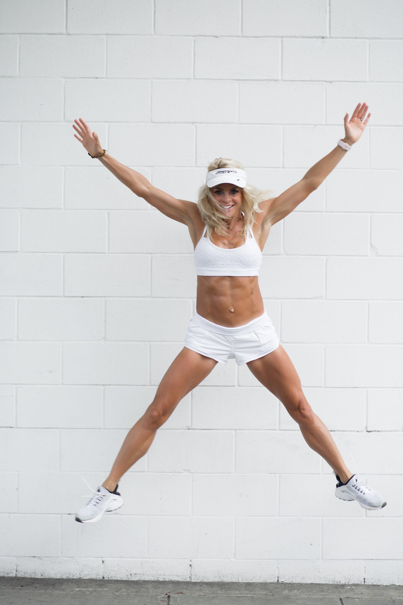 kim kelly fit podcast| by the skinny confidential