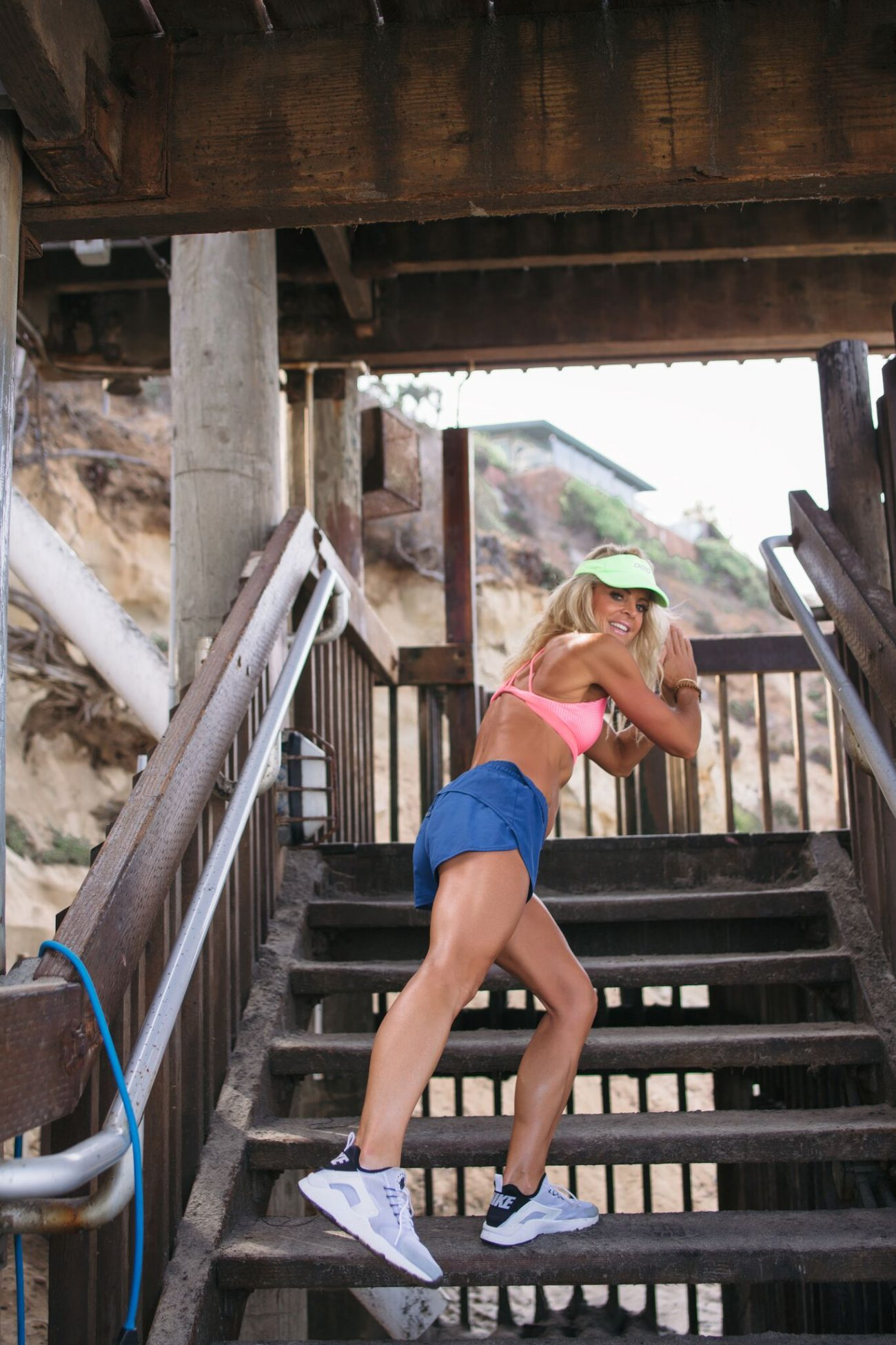 kim kelly fit podcast  by the skinny confidential