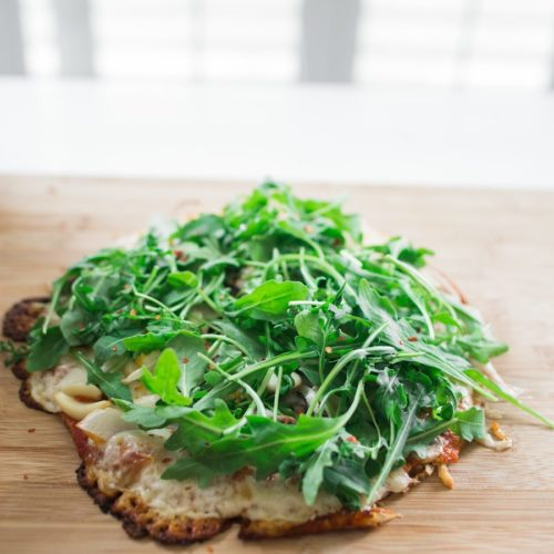 HEALTHY PIZZA CRUST: CAULIFLOWER JENNIFER ANISTON PIZZA RECIPE