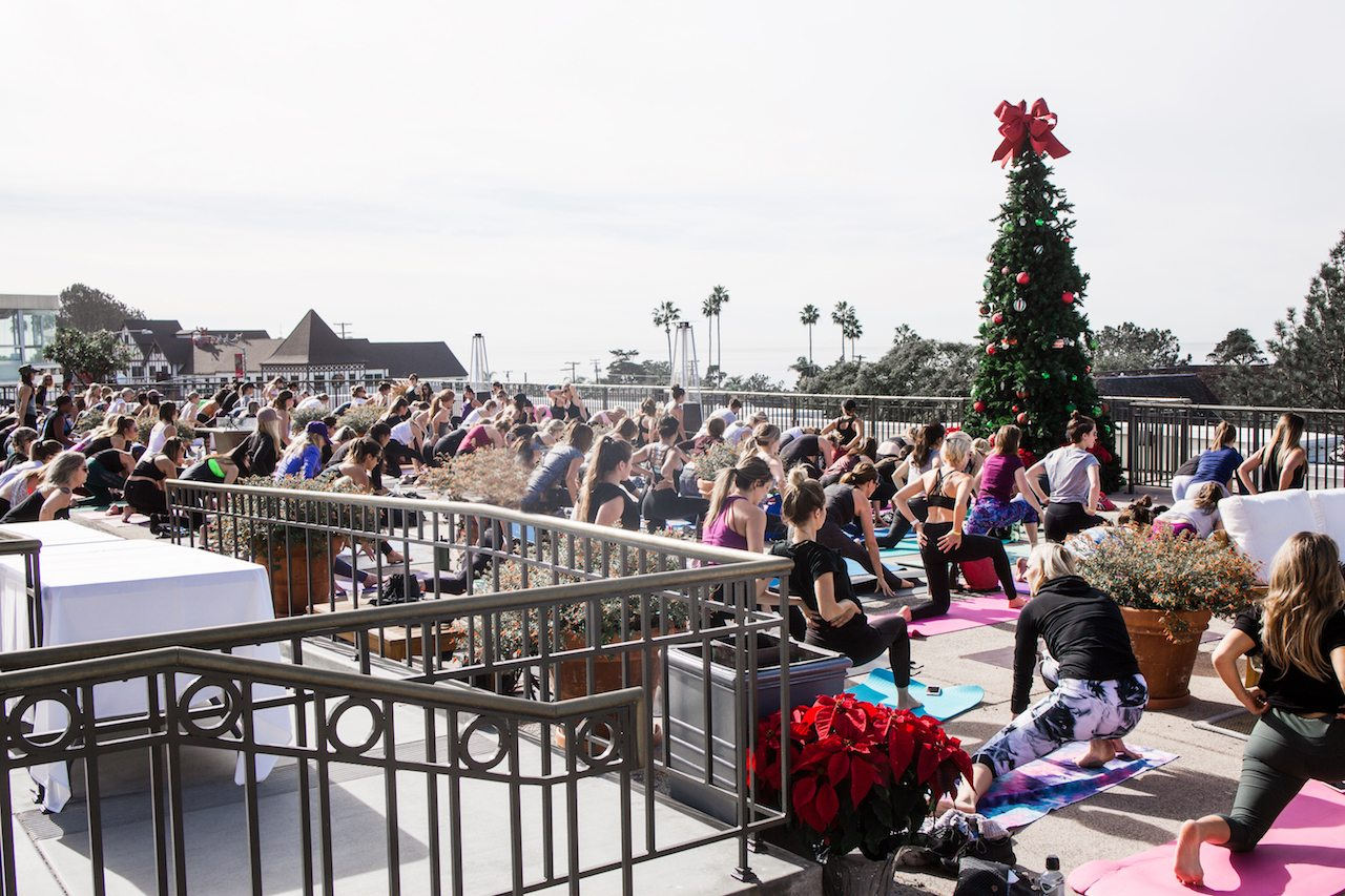 99 cent store christmas tree giveaway in san diego
