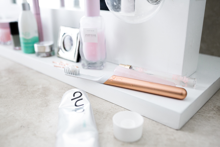 quip toothbrush daily morning routine | by the skinny confidential