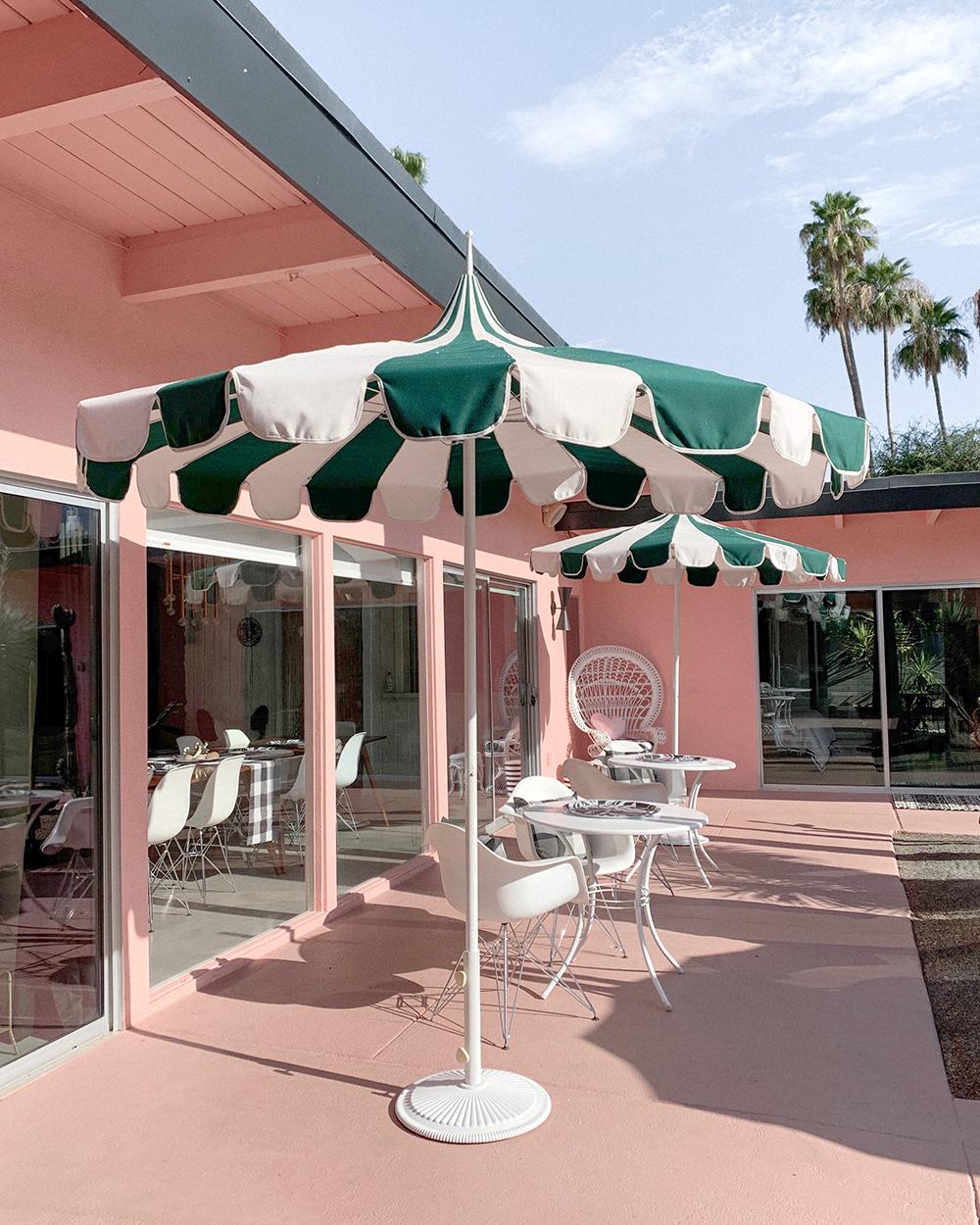 O hotel privado mais chique para você e seus amigos em Palm Springs 9