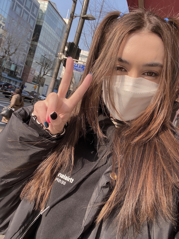 mimi evarts in korea