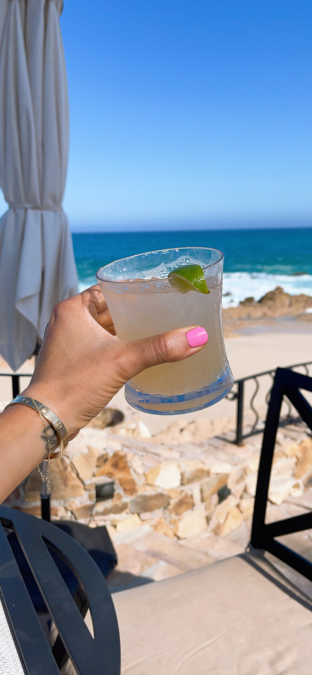 How To Avoid a Hangover while on vacation